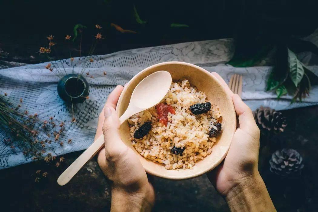 """很多人最爱吃的3类主食,是公认的肥胖元凶,堪比""""喝油""""!"""